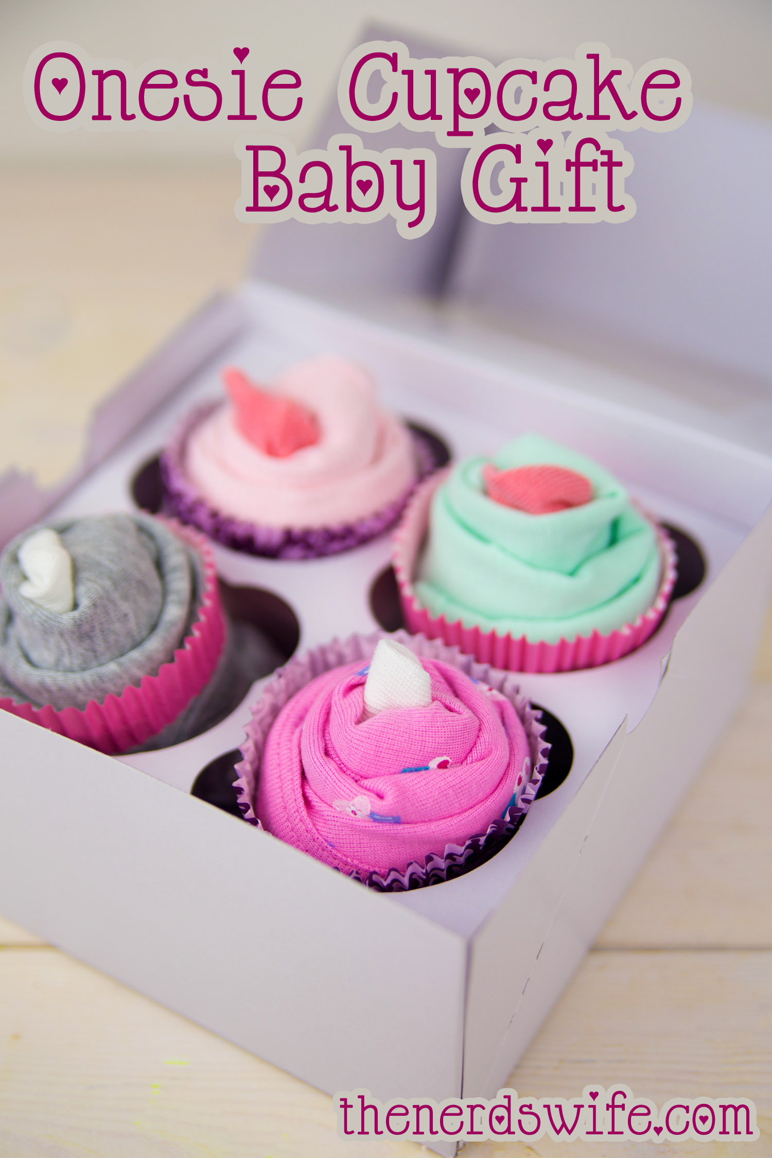 onesie cupcake baby shower gift, Baby shower